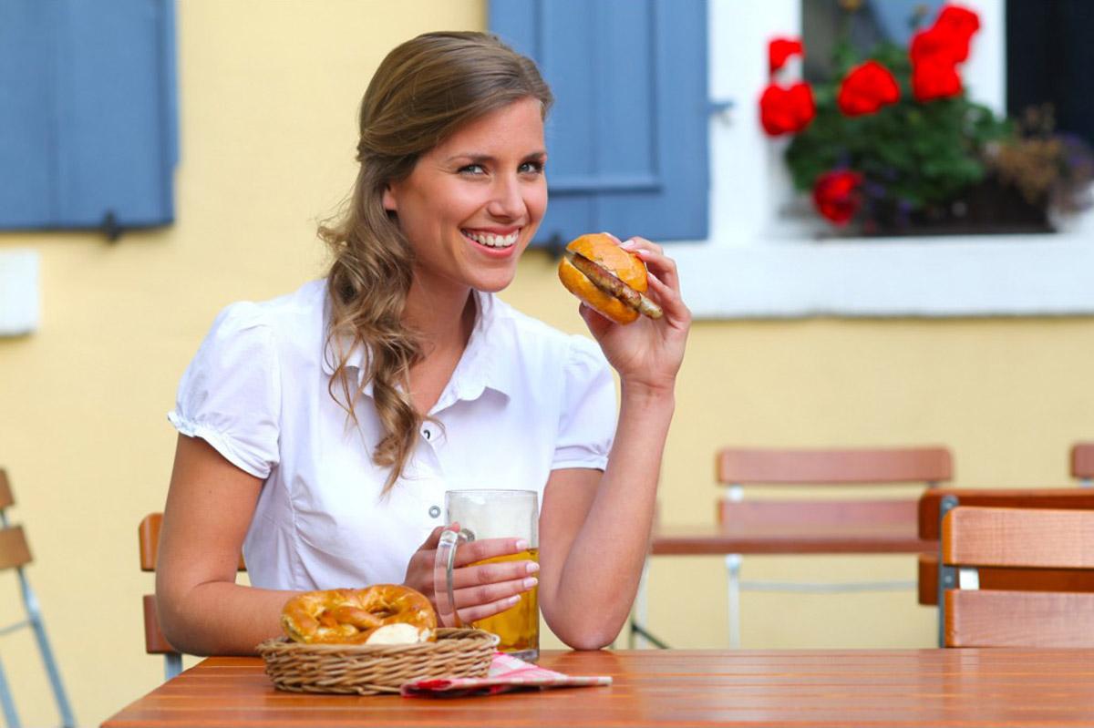 Bratwurst Broetchen Model